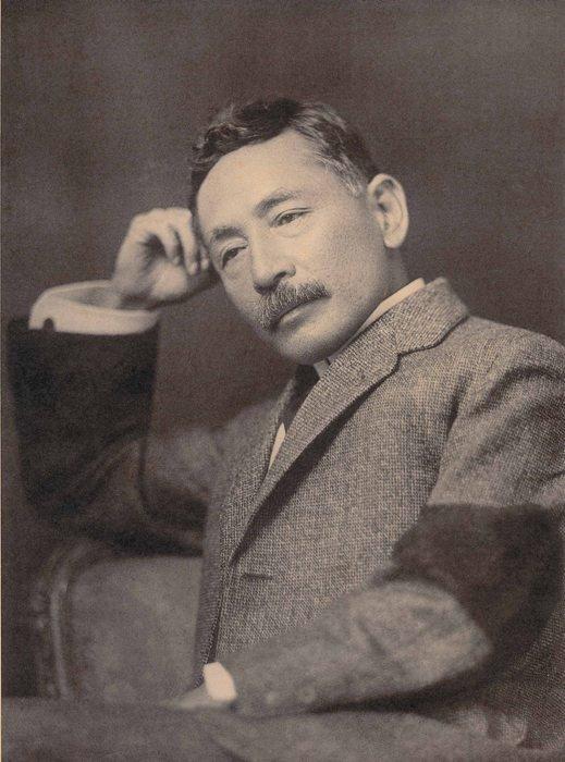 夏目漱石の生涯と人物像!性格・死因・名言・代表作品は?